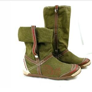 🆕️ $139Gabriella Olive Canvas Comfy  Flat Boots